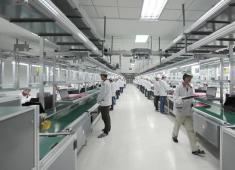 为什么有些人不进厂去工地?是不是比电子厂挣得多?