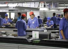 電子廠和食品廠那個更累?
