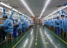 在工厂工作时间长了,会感到焦虑吗?