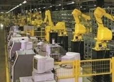 机器人抢工作,打工者还能在工厂干多久?
