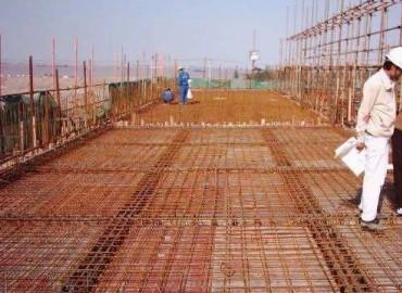 阿爾及利亞奧龍建筑招木工鋼筋工